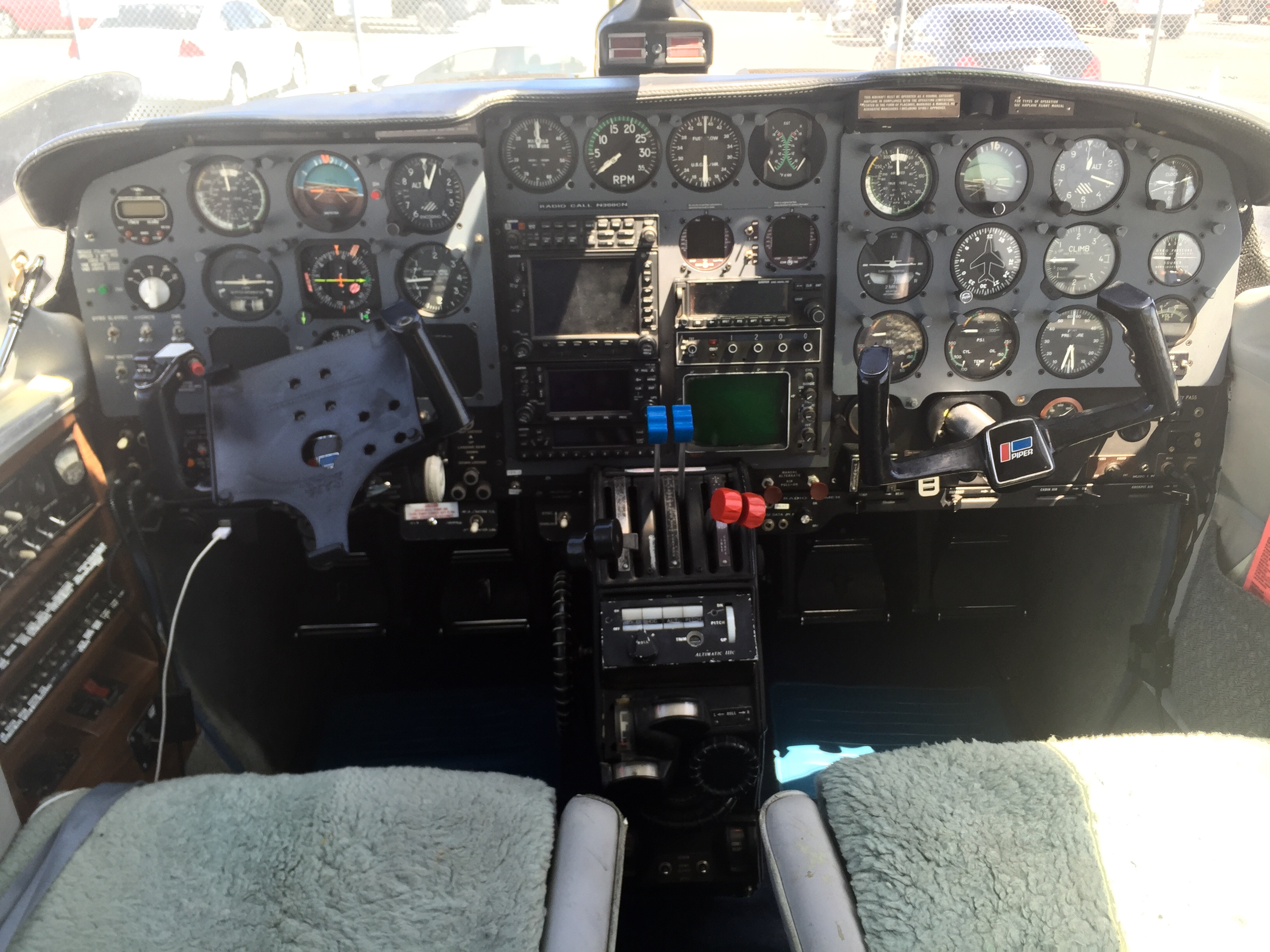 Piper Twin EDM800